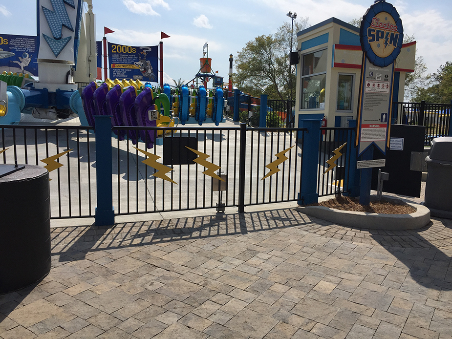 http://tra-design.net/dev/wp-content/uploads/2017/05/Carowinds-County-Fair-3.jpg